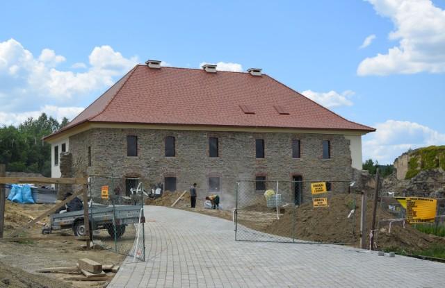 Na terenie ruin Klasztoru Karmelitów Bosych w Zagórzu powstaje Centrum Kultury.