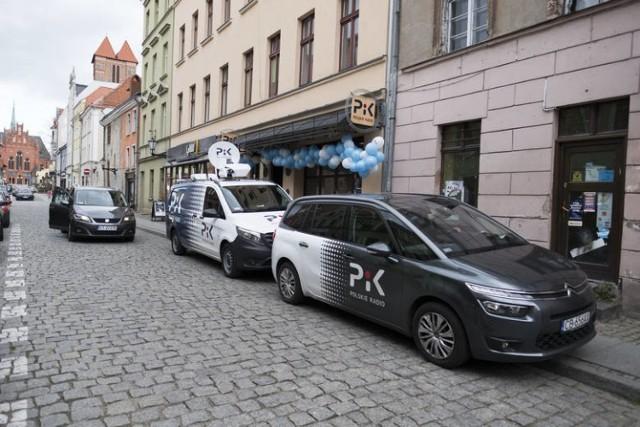 Redakcja Radia Pik mieści się przy ul. Ślusarskiej. Siedziba nie jest duża. Ma kilka niewielkich pomieszczeń. Na co dzień pracuje tam 5 osób.