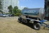 Awaria wody na osiedlu Żołnierzy POW. Podstawiono beczkowozy