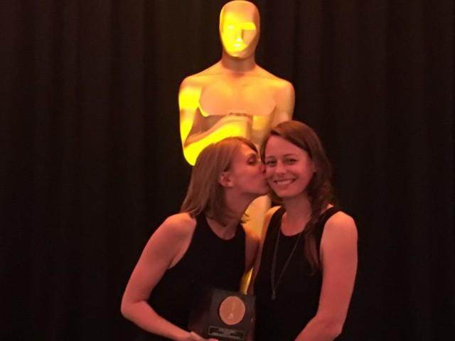 """Klara Kochańska i Zuzanna Kernbach, zdobywczynie brązowego studenckiego Oscara za film """"Lokatorki"""""""