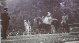Księżna Daisy potrafiła powalić zwierzę jednym strzałem. O dawnych polowaniach FOTO