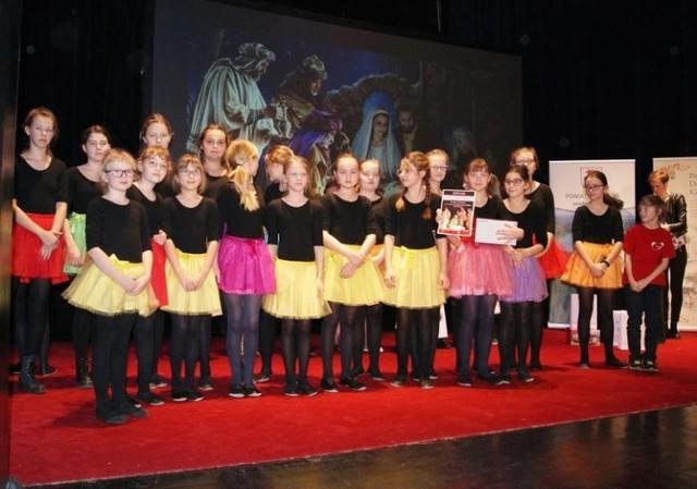 Zdjęcia z koncertu finałowego poprzedniej edycji Powiatowego Festiwalu Kolęd i Pastorałek w Brodnicy, na początku 2020 r.