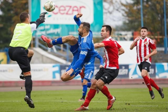 W IV-ligowym meczu derbowym Unia Tarnów pokonała Tarnovię 3:2