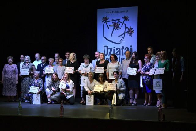 W Debrznie oficjalnie rozstrzygnięto kolejny konkurs Działaj Lokalnie 2021. Dofinansowanie otrzymało 14 wniosków, w tym 8 z powiatu człuchowskiego.