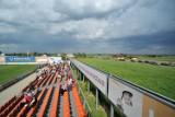 Stadion w polu kukurydzy i 700 mieszkańców. Nieciecza będzie mieć ekstraklasę [zdjęcia, wideo]