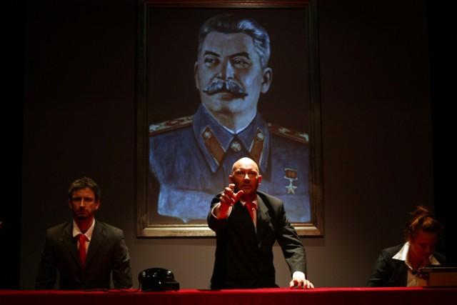 Teatr Lalek zaprasza na znakomity spektakl dla dorosłych i młodzieży