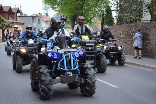 Parada MKM Junak 2019 ulicami Sierakowa (27.04.2019)