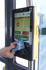 Już działa! Teraz możesz podróżować z kartą płatniczą zamiast biletu
