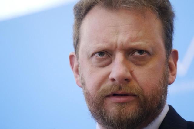 Minister zdrowia Łukasz Szumowski wydał rekomendacje ws. wyborów prezydenckich. Jego zdaniem mogą odbyć się za dwa lata - wcześniej jedynie korespondencyjnie.