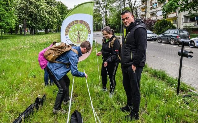 Dla uczestników akcji zostały przygotowane ekoupominki, m.in. sadzonki drzew i krzewów
