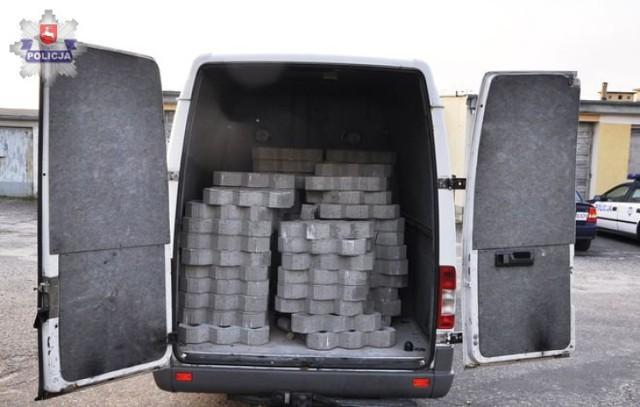 Frampol-Goraj: Kradli betonowe płyty z remontowanej drogi