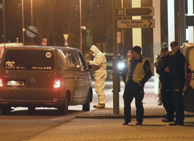 Mnóstwo osób zostało objętych kwarantanną po tym jak wykryto koronawirusa u mieszkanki gminy Dąbie, która autobusem dojeżdżała do pracy w Niemczech.