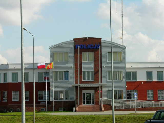 Gimnazjaliści zwiedzali Komendę Powiatową Policji w Człuchowie