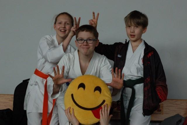 Reprezentanci Klubu Karate NIDAN Zielona Góra zdobyli 32 medale w Ogólnopolskim Turnieju o Puchar Toruńskiego Smoka. Wygrali aż 17 konkurencji.