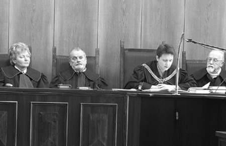 Sąd pod przewodnictwem Iwony Baran przychylił się do wniosku oskarżonego i skazał go rok i trzy miesiące pozbawienia wolności.