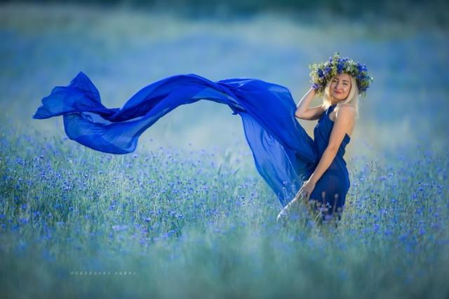 Portrety pięknych kobiet wykonane przez lokalnego fotografa, Grzegorza Sawko.