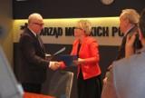 Szkoły będą współpracować z  Zarządem Morskich Portów Szczecin i Świnoujście - zaproszą uczniów na lekcje