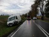 Drzewo złamało się na przejeżdżającego busa na drodze wojewódzkiej 515