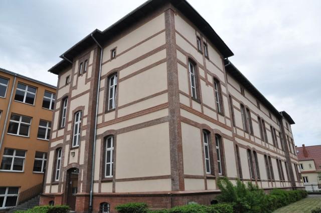 Szczecineckie szkoły