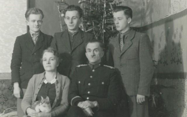 Komisarz Józef Holzhausen z rodziną