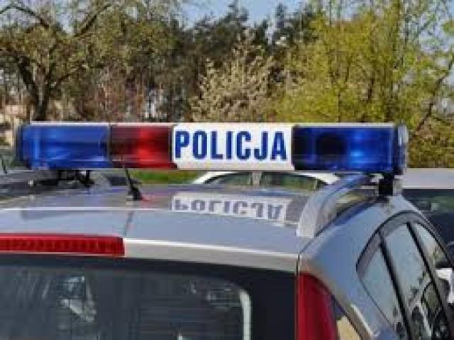 Zaczęło się od interwencji policji z Bydgoszczy w sprawie agresywnego lokatora z ul. Toruńskiej, a skończyło na pożarze i ewakuacji