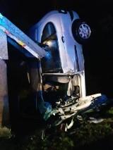 Wypadek w Jasiennej. Nie żyje kobieta, która uderzyła w przystanek