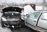 Wypadek w Gdyni. Zderzenie samochodów na Chwarznieńskiej [ZDJĘCIA]