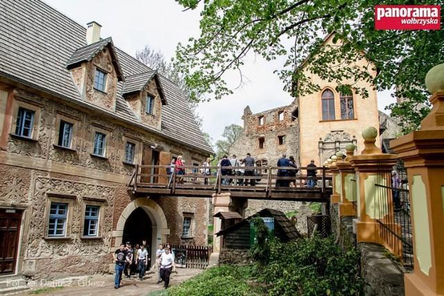 Uroczystość otwarcia restauracji i bazy noclegowej w zamku Grodno