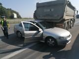 Wrocław. Aż sześć aut zostało zniszczonych w karambolu na  Autostradowej Obwodnicy Wrocławia (ZDJĘCIA)
