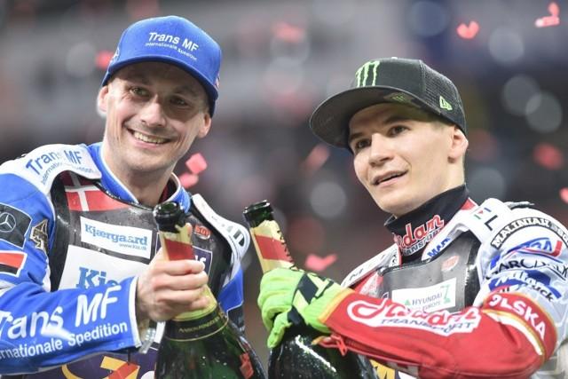 Leon Madsen (z lewej) wygrał turniej Grand Prix w Warszawie, ale Patryk Dudek wywalczył najwięcej punktów