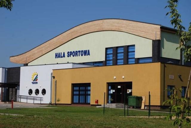 Zawody odbędą się na hali sportowej OSiR.