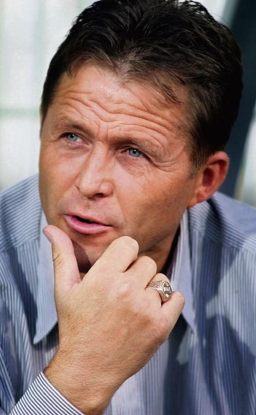 Trener Jurij Szatałow.
