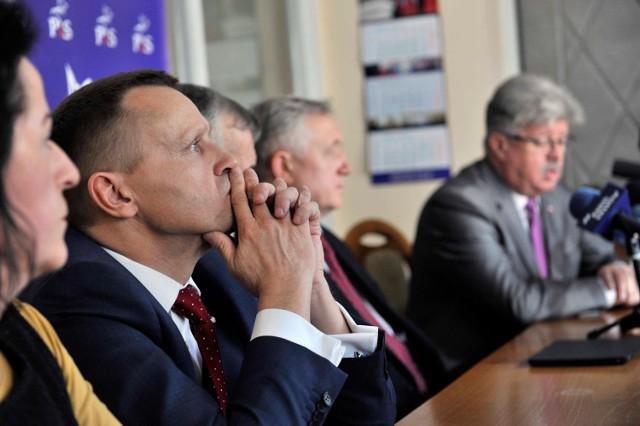 Józef Leśniak był posłem poprzedniej kadencji. 5 grudnia premier Mateusz Morawiecki powołał go na stanowisko II wicewojewody małopolskiego