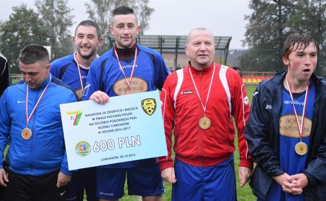 Żareccy piłkarze są rewelacją obecnej edycji Pucharu Polski w zachodniej Małopolsce.