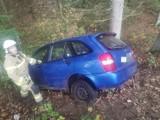 Samochód w lesie koło Piasków (gmina Barwice). Kierowcy nie było [zdjęcia]