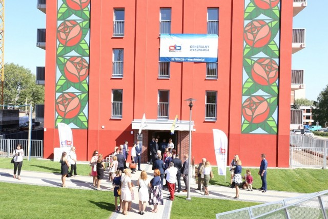 Otwarcie drugiego budynku TBS na osiedlu Różanym w Katowicach
