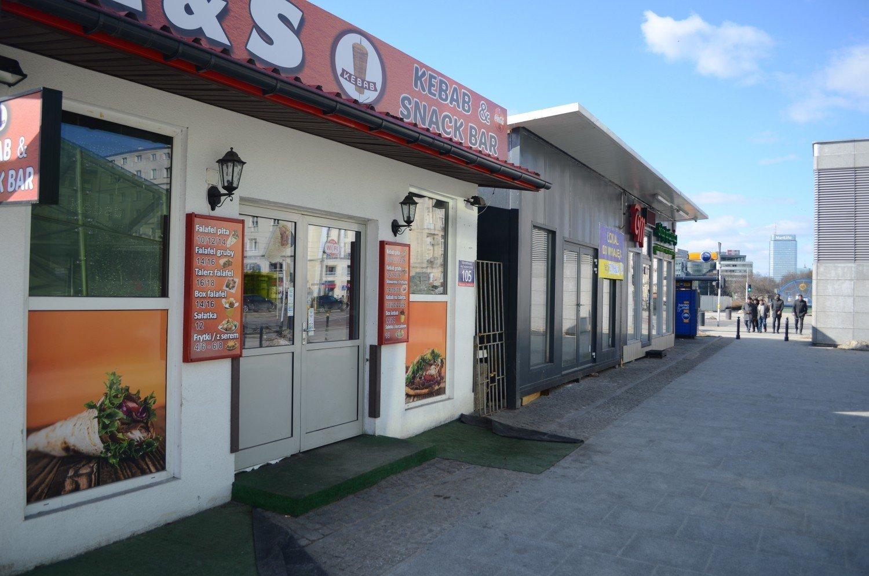 Budki Z Jedzeniem W Koncu Przestana Szpecic Plac Defilad Odcieto Je