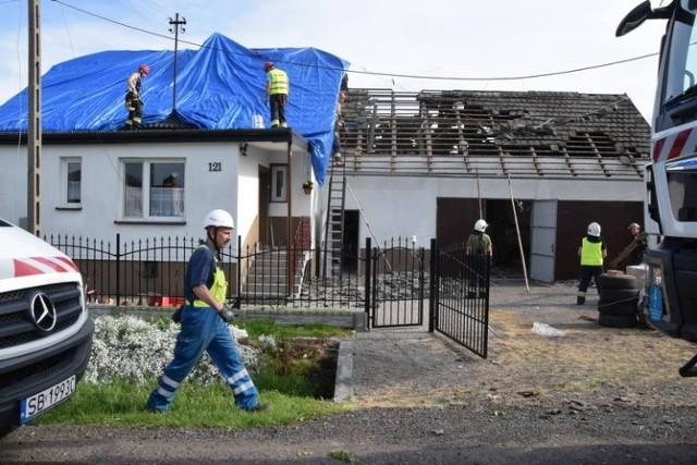 Trąba powietrzna przeszła nad Kaniowem 7 czerwca 2020 roku. Uszkodziła 23 domy. Po roku zostały naprawione, ale ludzie nadal żyją w strachu