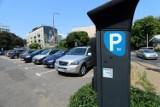 """Ratusz mówi """"tak"""" poszerzeniu strefy płatnego parkowania w Lublinie. Przyjedziesz na targ – zapłacisz za parkowanie"""