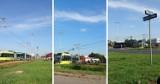 Wypadek na skrzyżowaniu Konstytucji 3 Maja i Ligi Polskiej w Toruniu. Samochód osobowy zderzył się z tramwajem [zdjęcia]