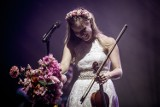 Sanah zachwyciła publiczność w Kieleckim Centrum Kultury. Wspaniały koncert [ZDJĘCIA]