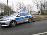 Wypadek radiowozu w Katowicach. Policyjna toyota na sygnale zderzyła się z osobówką [ZDJĘCIA]