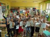 Zakończenie roku szkolnego 2020/2021 w Szkole Podstawowej nr 70 w Łodzi (zdjęcia z piątku 25 czerwca)