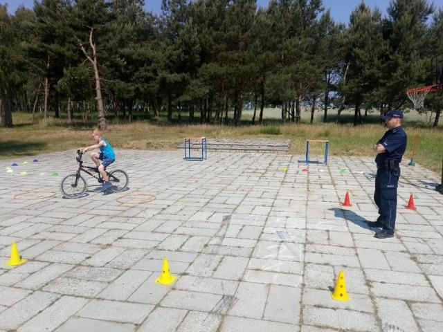 Egzamin na kartę rowerową w SP Mięcierzyn.