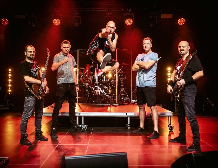 Łydka Grubasa to zespół wykonujący muzykę rockowo-metalową,...