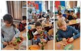 Gmina Zbąszyń. Zajęcia plastyczne z warzywami i owocami w klasie I, ZSP Przyprostynia - 8 marca 2021[Zdjęcia]