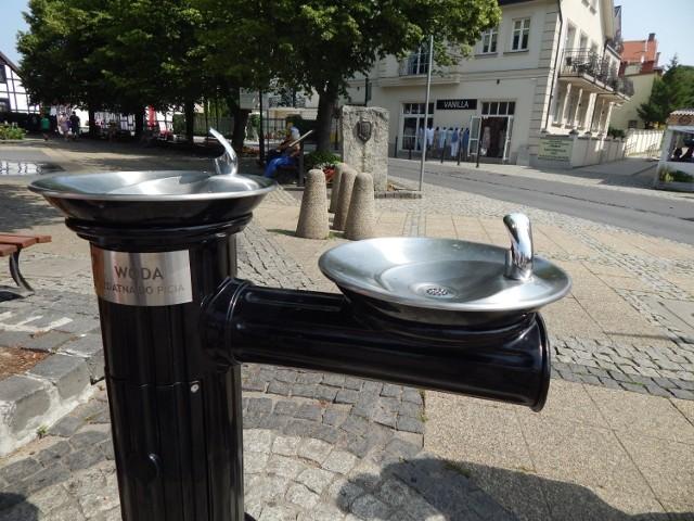 W centrum Ustki znowu można korzystać z wodociągowego zdroju