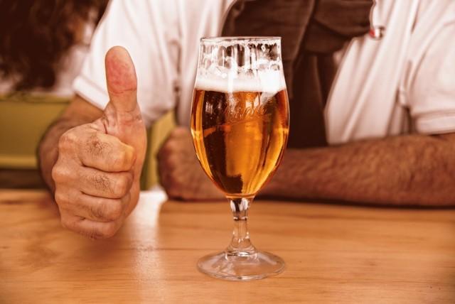Lotny Festiwal Piwa to ogólnopolski event dla pasjonatów piwa rzemieślniczego, ale też każdego, kto chce zwiększyć swoją świadomość na temat nawyków związanych z jego piciem.