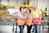 Amazon zapewnia bezpieczeństwo pracownikom i zatrudnia osoby, które przez pandemię koronawirusa straciły pracę
