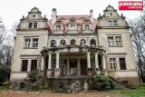Wałbrzych: Willa Daisy miała stać się hotelem ze spa, a nadal jest ruiną (ZDJĘCIA)